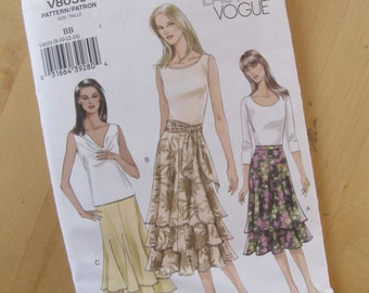 Uncut Vogue Sewing Pattern 8039 - Misses Skirt and Sash - Size 8-14