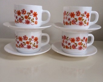 4 X Vintage/Retro Arcopal Scania cups and saucers