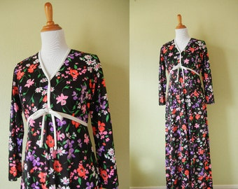 SALE! Vintage 1970's Floral Maxi Dress - Black Floral Dress