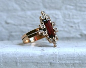 Fabulous Antique 14K Yellow Gold Garnet and Pearl Ring.