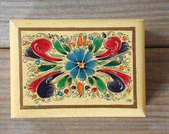 Vintage floral wooden box / hand painted flowers / folk style decor / cottage chic / country inspired decor / patina / yellow / blue / red