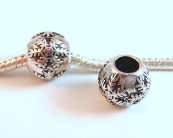 3 Beads - Snowflake Snow Winter Christmas Silver European Bead Charm E0937