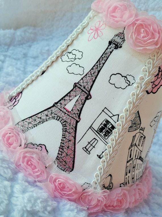 paris rosette rose l ger lustre mini abat jour par 2girlsforever. Black Bedroom Furniture Sets. Home Design Ideas