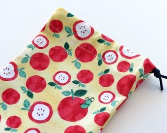 Teacher Gift Bag / Apples Cloth Bag / Teacher Gift Card Bag / Apples Fabric Bag / Teacher Present / 5 x 7 inches