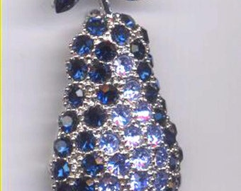 LABELLE   Blue Pear Brooch   Item No: 14009
