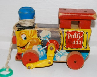 Vintage Fisher Price Puffy 444 Wooden Pull Toy