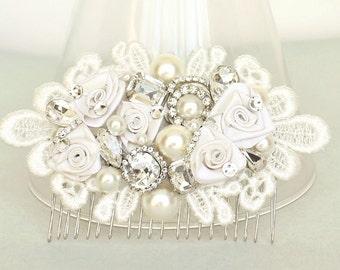 Wedding Hair Comb- Bridal Hair Accessory- Bridal Comb- Lace Bridal Hairpiece- Floral Bridal Comb- Wedding Hair Accessories- Brass Boheme
