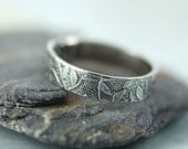 Sterling Band Ring - Fine Scattering of leaves - Feminine Jewelry - Your Size