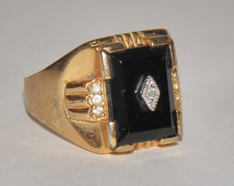 Men's Black Onyx and Cubic Zirconia 18 KT Gold Plated Vintage Ring Sz 13