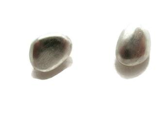 Pebble Stud Man Earrings for Men, Men's Earrings, Small Silver  Stud Earring for Guys   Artisan Handmade by Sheri Beryl