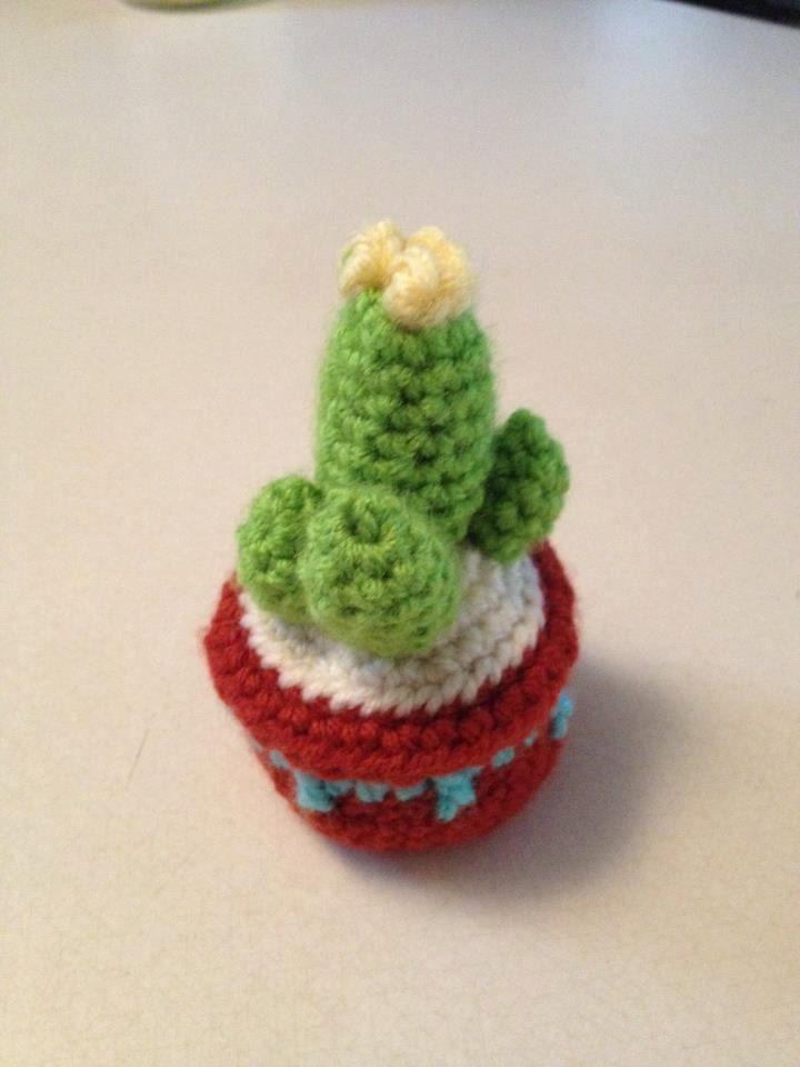 Crochet Cactus Pincushion Free Pattern : Crochet Cactus Pattern Pincushion by KristinsArt4u on Etsy