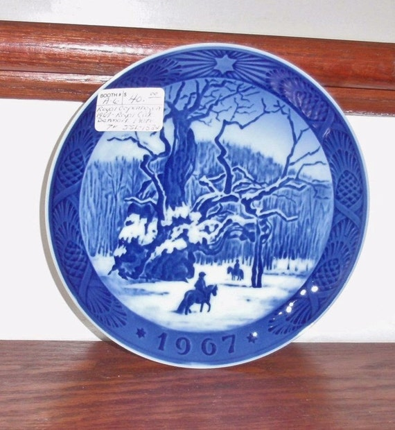ROYAL COPENHAGEN PLATE The Royal Oak Porcelain Collector Blue White ...
