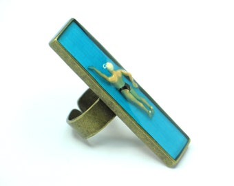 Resin ring, resin jewelry, Swimmer resin ring. Modern Jewelry. adjustable ring, pool, cocktail ring. Swimming pool.