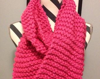 "Cute ""Bubblegum"" Chunky Eternity Hand Knit Scarf //pink//"