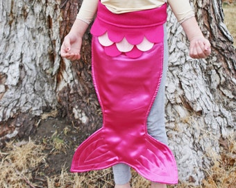Kids Costume Dress Up Fairy Tale Mermaid Costume Tail Pink Magenta Size MEDIUM
