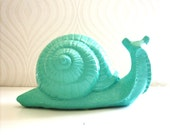Giant Snail Statue: Snelly the Snail in dark pistachio green