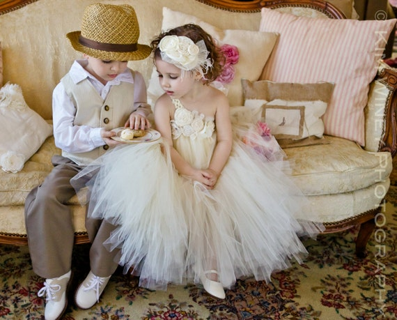 Ivory Vintage flower girl tutu dress, Ivory Flower girl dress, Flower girl tulle dress