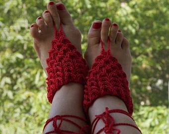 "Barefoot sandals, Crochet, red, Summer Shoes, Beach Foot Jewelry, Hippie Sandals, pattern ""Crocodile skin"""