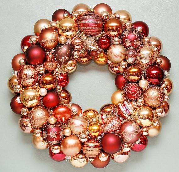 Ornament wreath bronze gold copper