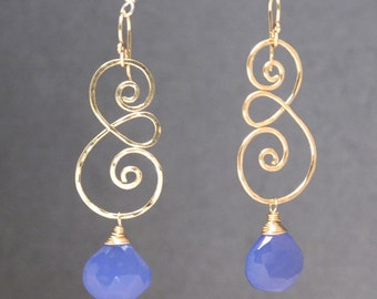 Hammered swirl earrings with choice of gemstone Nouveau 211