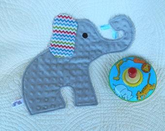 Splashing Elephant Snugglie