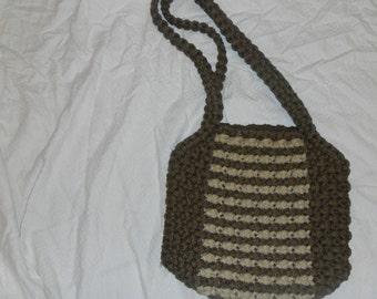 Macrame purse.   hand made. vintage