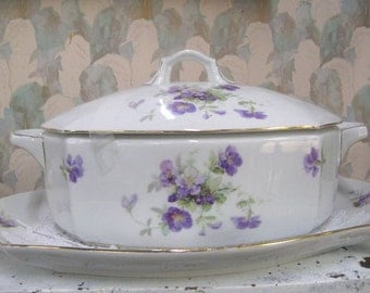 Covered Casserole Hand Painted Vintage Dish, with Purple flowers gold Trim, Oval, Vintage, 1960s era, Cottage Chic, rosesandbutterflies