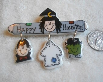 Vintage Pin-Porcelain Halloween Happy Hauntings-Witch-Ghost Monsters-P3156