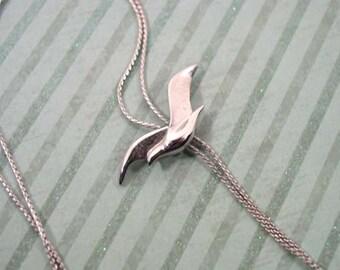 Avon Seagull Slide Necklace Silver Tone - Vintage 1984