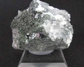 Mineral Specimen - Magnetite, Clinochlore - Santa Rita Mine (Union Carbide Pit), San Benito Co., California, USA - nearearthexploration