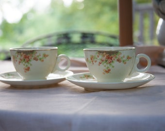 Lovely Pair of Taylor smith Taylor teacups and Saucers