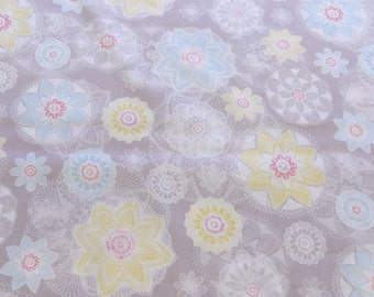 Quilting cotton fabric in pale grey, Pretty and colourful doily print on light grey, Prairie from dashwood studio