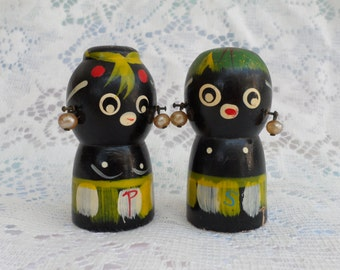 Black Americana Salt and Pepper Wooden Hand Painted Tribal Couple 1940's Kitchenware African Collectible
