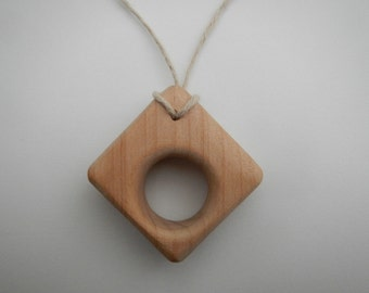 Teething necklace natural wood toy baby toddler teether green eco-friendly shower gift  untreated wooden