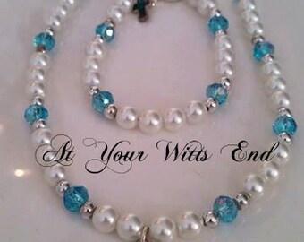 First Communion Jewelry, Pearl necklace, pearl bracelet, Cross, Little girls jewelry, gift