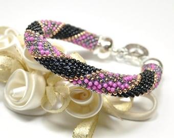 Seed Bead Bracelet. Beaded Bracelet. Handmade Jewerly. Bead Crochet Bracelet. Seed Beaded Bangles. Oriental Bracelet.