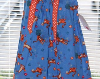 A boutique Pillowcase dress Featuring Tigger Size 18/24 month only-ready to ship :CH028