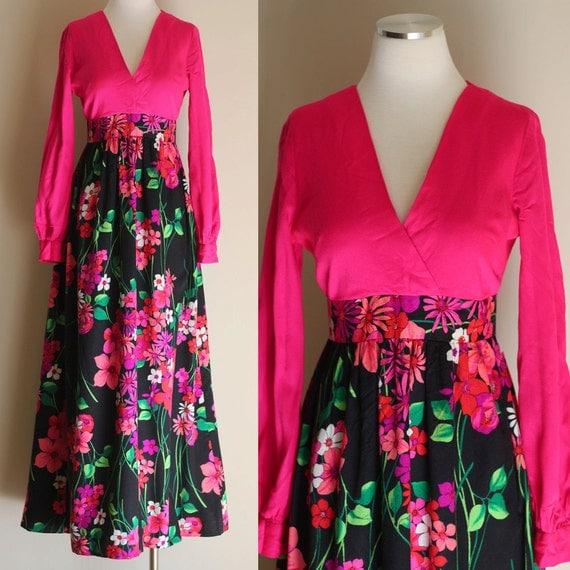 Vintage 60s Hot Pink Floral Hostess Dress - Pink and Black Long Sleeve Hippie Maxi Dress - Size Medium / Large