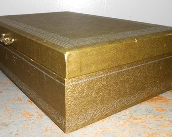 Vintage Jewelry Box, Mele, Gold, Brass Handle, Lifting Lid