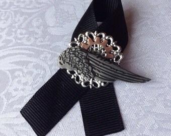Large Steampunk Pin Ribbon