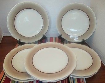 Syracuse China Restaurant Winthrop Shape - Sandalwood Pattern Luncheon Plates - Set of 4 Luncheon Plates - 1960s (2 sets available)
