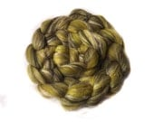 Blended Merino and Flax roving - 100g - 3.5oz - Tussah silk - Green - The MOCK TURTLE
