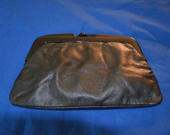 ON SALE  Vintage Genuine Leather Clutch Made in Italy