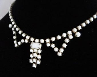 White Milk Glass Bead Choker Necklace - Lovely Mid Century Retro Design