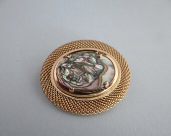 Abalone Oval Brooch on a Rolled Mesh Gold Tone Setting is Classic Elegance
