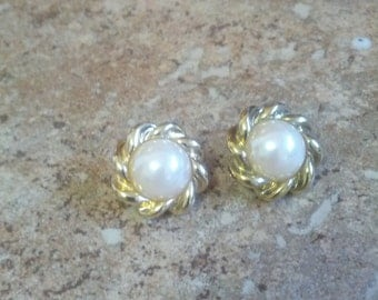 Classy gold tone and faux pearl clip on earrings