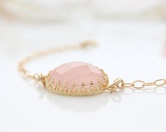 Rose quartz bracelet - gold bracelet set with a rose quartz gemstone, Pastel pink jewelry, Gift for her