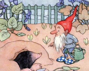 Garden Gnome Fabric Block - Scolds Mole for Digging Holes