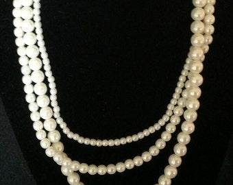 Vintage Triple Strand White Pearl Necklace
