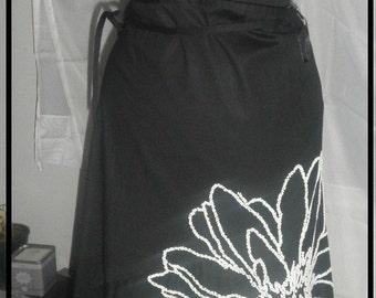 Vintage Donna Karan midi  wrap cotton skirt white beads embroidery perfect beautiful size 8